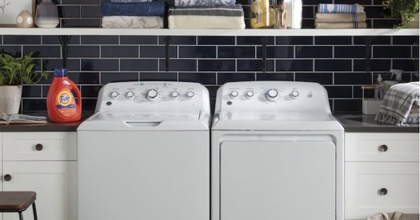 Best Affordable Washing Machine - GE vs Whirlpool - GE GTW465ASNWW Lifestyle Image