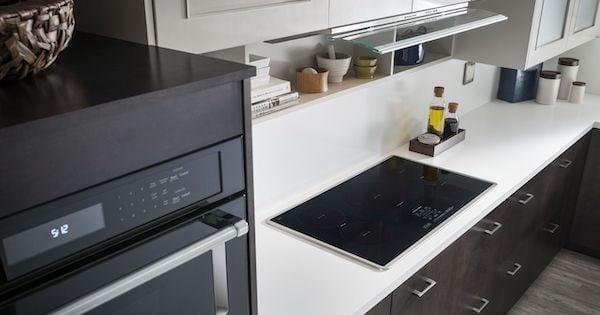 Best Induction Cooktop - KitchenAid Lifestyle Image