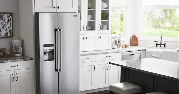 Best Side by Side Refrigerator of the Year - Maytag MSS25C4MGZ Lifestyle Image