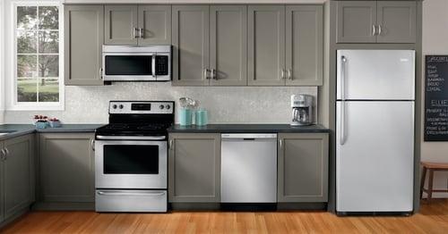 Top Freezer Refrigerator - GE Lifestyle Image