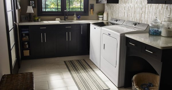 Best Top Loading Washer - GE Versus Maytag - Maytag MVWB765FW Top Load Washer Lifestyle Image