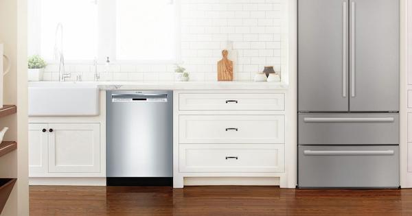 Bosch Dishwasher Reviews - Bosch Lifestyle Image SHEM63W55N