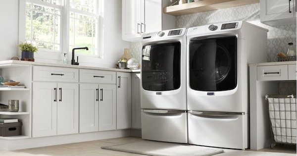 Above the Fold Image Direct Drive Washing Machines - Maytag MHW5630HW Lifestyle Image