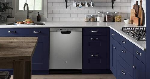 Energy Star Dishwasher - GE GDF645SSNSS Lifestyle Image