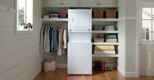 Frigidaire Laundry Center - Frigidaire FLCE7522AW Lifestyle