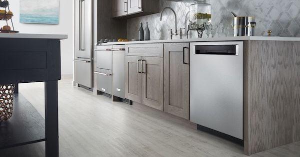 KitchenAid vs Bosch Dishwasher - KitchenAid Lifestyle Image