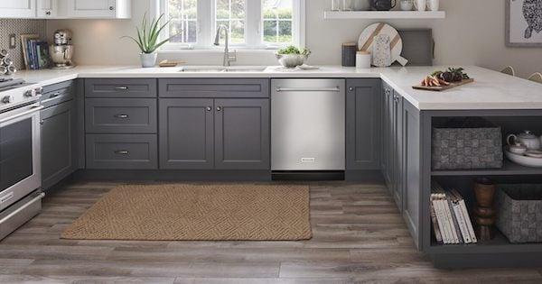 KitchenAid vs LG Dishwasher - KitchenAid Lifestyle Image