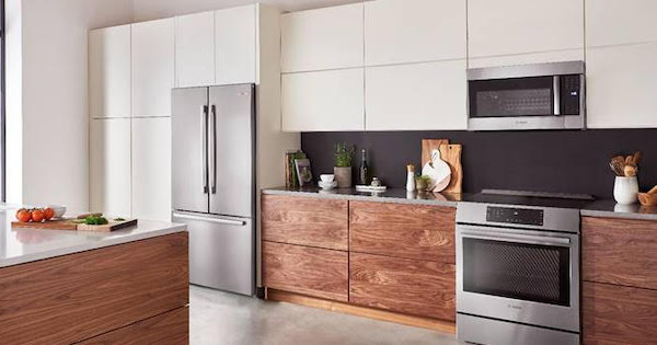 Above the Fold Image Top Refrigerator Brands Bosch vs FIsher & Paykel - Bosch Lifestyle Image