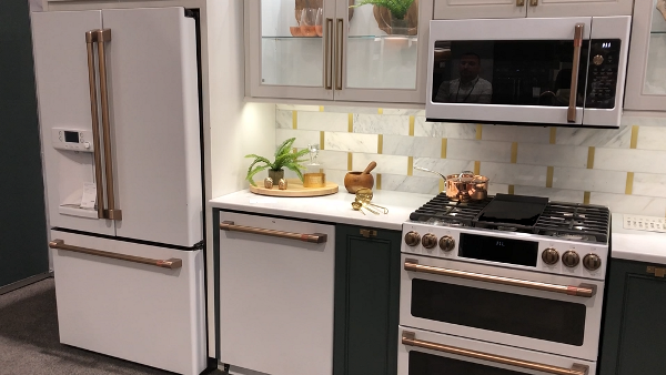 GE Matte White Kitchen Suite from NECO 2018