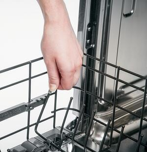 Dishwasher Racks_ Fold Down Tines_GE Cafe CDT865SMJDS