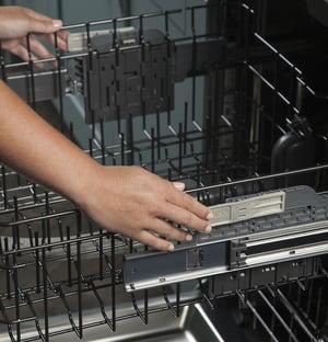 Dishwasher Racks_Ball Bearing Glide Rack_GE Profile PDT845SSJSS