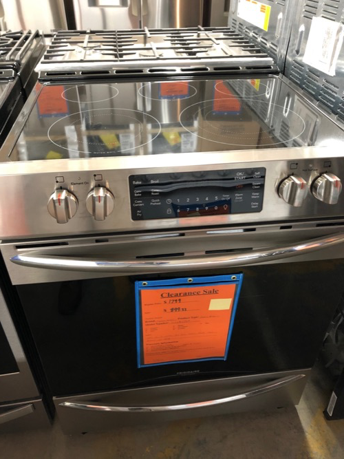 Frigidaire Gallery FGEH3047VF Slide In Electric Range Clearance