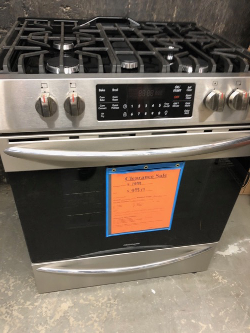 Frigidaire Gallery FGGH3047VF Slide In Gas Range Clearance
