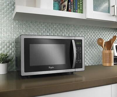 Microwave Buying Guide Countertop Microwave GE Profile JES2251SJ