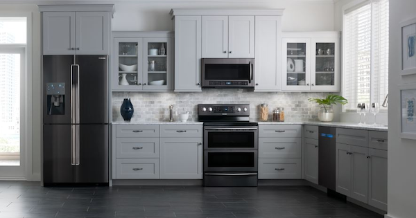 Samsung Black Stainless Steel Appliance Suite