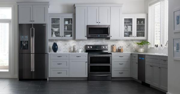 Black Stainless Steel Appliances, Are White Kitchen Appliances Still In Style